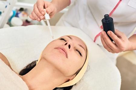 Do You Have Oily Skin? Take Our Oily Skin Quiz