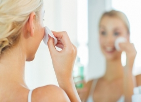 Simple Skin Care Routine for Busy Lives